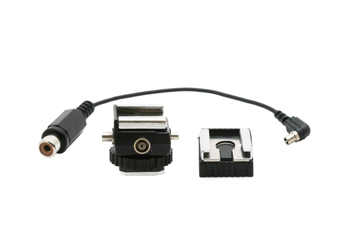 Hot Shoe with PC to RCA Cable